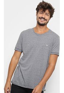 Camiseta Triton Detalhe Estampado Básica Masculina - Masculino-Cinza