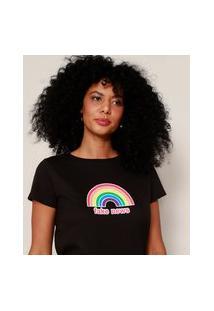 "Camiseta Feminina Arco-Íris Fake News"" Manga Curta Decote Redondo Preta"""