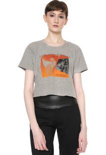 Camiseta Cropped Calvin Klein Jeans Show Your Memories Cinza