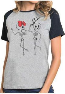 Camiseta Feminina Raglan Casal Caveira Esqueleto - Feminino-Cinza