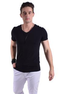Camiseta Levok Preta Curta Gola V
