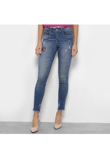 9f57db1ae ... Calça Jeans Colcci Skinny Cory Bordada Feminina - Feminino