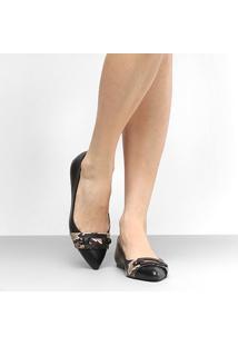 Sapatilha Couro Shoestock Bico Fino Fivela Feminina - Feminino-Preto