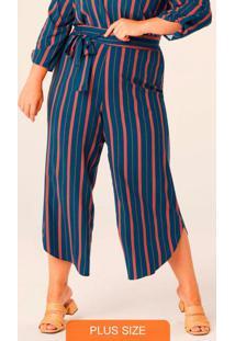 Calça Azul Pantacourt Listrada Plus