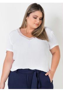 Blusa Plus Size Branca Com Detalhes Em Rosa