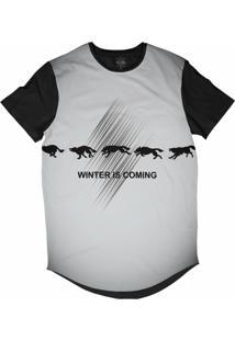 Camiseta Insane 10 Longline O Inverno Está Chegando Lobos Sublimada Preta Cinza