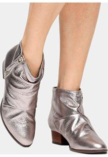 Bota Couro Shoestock Curta Enrugada Feminina - Feminino-Prata