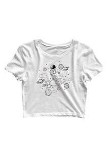 Blusa Blusinha Feminina Cropped Tshirt Camiseta Astronauta Surfando Branco