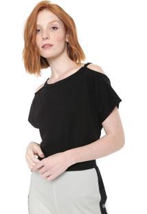 Camiseta Triton Recortes Preta