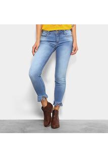 8d5bb26c81 Calça Jeans Skinny Cintura Média Colcci Franjas Barra Feminina - Feminino
