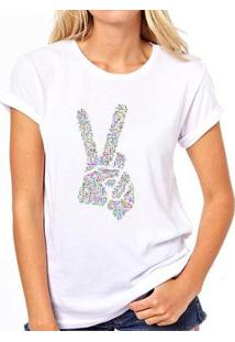 Camiseta Coolest Paz E Amor Feminina - Feminino-Branco