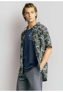 Camisa Masculina Em Tecido Estampado