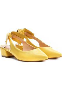 Scarpin Couro Carrano Salto Baixo Bico Fino Chanel Laço - Feminino-Amarelo