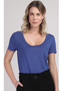 Blusa Feminina Com Bolso Decote Redondo Manga Curta Azul Escuro
