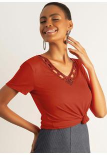 Blusa Com Decote V E Bordado Vermelho