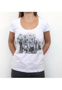 Inhale Exhale - Camiseta Clássica Feminina
