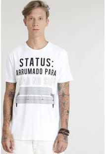 """Camiseta Masculina """"Arrumado Para Ficar No Sofá"""" Manga Curta Gola Careca Branca"""