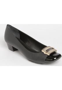 809d32105a Privalia. Sapato Tradicional Em Couro ...