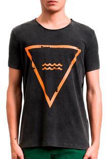 Camiseta Salt35G Triângulo Preto
