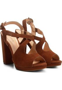 Sandália Couro Shoestock Salto Grosso Vazada Feminina - Feminino-Caramelo