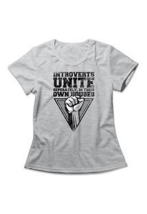 Camiseta Feminina Introvertidos Unidos Cinza