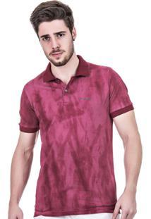 Camisa Polo Masculina Hifen Marsala Lavagem Tie Dye Vinho.