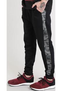 Calça Masculina Jogger Em Moletom Com Faixa Lateral Camuflada Preta