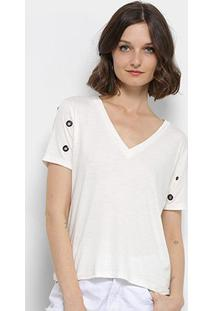 Camiseta Aura Ilhós Gola V Feminina - Feminino-Off White