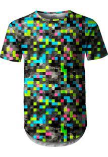 Camiseta Longline Over Fame Tecno Pixels Preto