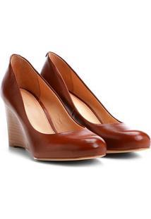 Scarpin Couro Shoestock Salto Médio Anabela - Feminino-Caramelo