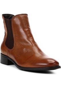 Bota Chelsea Shoestock Flat Couro Feminina - Feminino-Caramelo