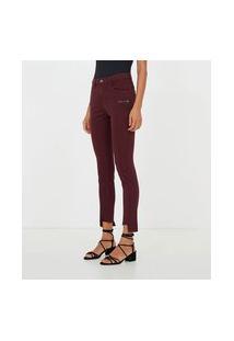 Calça Skinny Com Barra Assimétrica