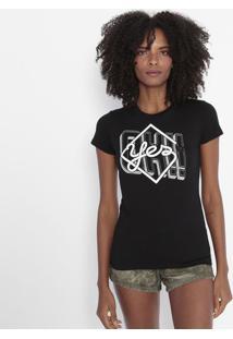 "Camiseta ""Yes"" - Preta & Brancacavalera"