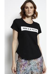 "Camiseta ""Millenial""- Preta & Branca- Coca-Colacoca-Cola"