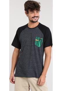 Camiseta Masculina Raglan Com Bolso Estampado Manga Curta Gola Careca Cinza Mescla Escuro