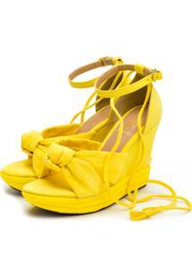 Sandália Anabela Salto Médio Em Camurça Amarelo - Kanui