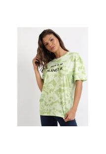 "Blusa Feminina There Is No Planet B"" Estampada Tie Dye Manga Curta Decote Redondo Verde"""