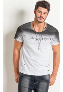 Camiseta Branca Com Detalhe Destroyed