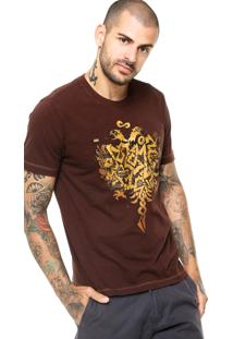 Camiseta Manga Curta Cavalera Águia Graffitti Marrom