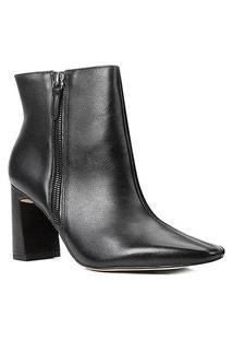 Bota Couro Cano Curto Shoestock Zíper Bico Fino Feminina