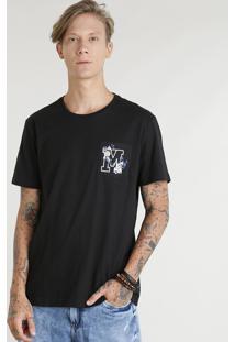 """Camiseta Masculina Com Bolso Estampado """"M"""" Manga Curta Gola Careca Preta"""