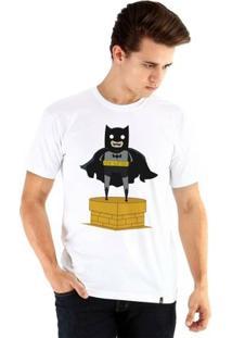 Camiseta Ouroboros Manga Curta Batman Toy Masculina - Masculino-Branco