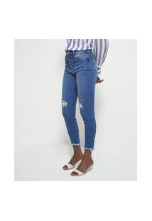 Calça Skinny Jeans Com Botões E Barra Desfiada