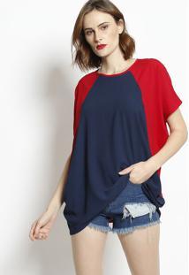 adc0b9a4f ... Blusa Texturizada Com Recortes - Azul Marinho & Vermelhabhl