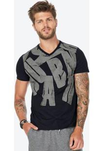 Camiseta Preto