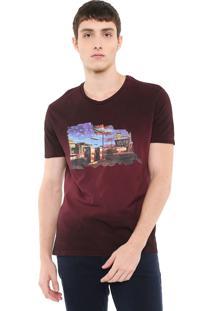 Camiseta Calvin Klein Jeans Estampa Degradê Bordo