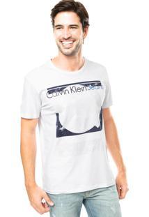 Camiseta Calvin Klein Estampa Camurça E Gel Branca