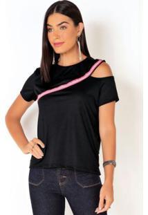 Blusa Preta Com Ombro Vazado E Detalhe No Decote