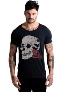 Camiseta Estonada Corte À Fio Joss Caveira Rosas - Preto