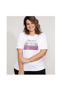 "T-Shirt Feminina Plus Size Mindset Com Bordado Carnaval No Sofá"" E Paetês Manga Curta Decote Redondo Branca"""